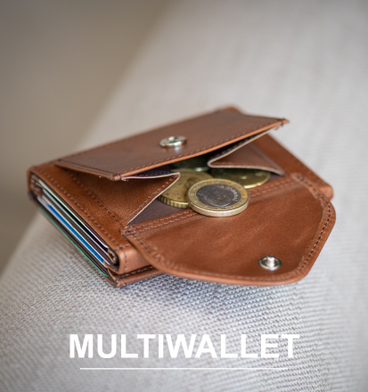 leather coinpocket