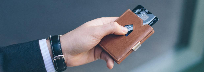 EXENTRI brown wallet